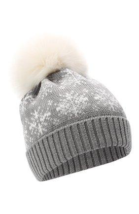Детского шерстяная шапка с меховым помпоном CATYA серого цвета, арт. 024671 | Фото 1