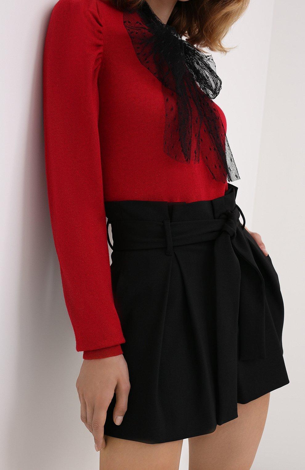 Женские шорты REDVALENTINO черного цвета, арт. UR3RFD75/0VM | Фото 3 (Женское Кросс-КТ: Шорты-одежда; Длина Ж (юбки, платья, шорты): Мини; Материал внешний: Синтетический материал; Стили: Романтичный, Кэжуэл)