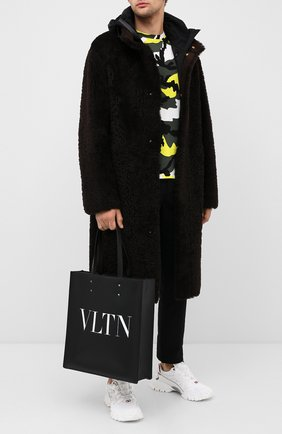 Мужская кожаная сумка valentino garavani VALENTINO черного цвета, арт. UY2B0731/WJW | Фото 2