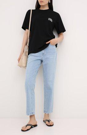 Женская хлопковая футболка VETEMENTS черного цвета, арт. UAH21TR573 1600/W   Фото 2