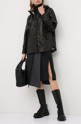 Женская кожаная куртка BRUNELLO CUCINELLI черного цвета, арт. MPNVS8818P | Фото 2