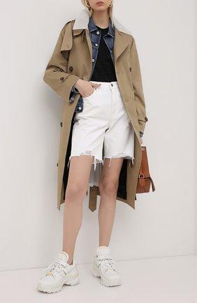 Женские джинсовые шорты GRLFRND черно-белого цвета, арт. GF42548851338 | Фото 2 (Материал внешний: Хлопок, Деним; Женское Кросс-КТ: Шорты-одежда; Стили: Кэжуэл; Длина Ж (юбки, платья, шорты): До колена; Кросс-КТ: Деним)