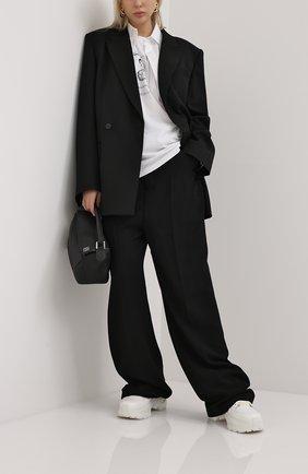 Женская хлопковая футболка VETEMENTS черно-белого цвета, арт. UAH21TR684 1600/W | Фото 2