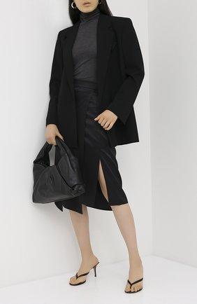 Женская шелковая юбка BRUNELLO CUCINELLI черного цвета, арт. MP142G2957 | Фото 2 (Материал внешний: Шелк; Женское Кросс-КТ: Юбка-одежда; Длина Ж (юбки, платья, шорты): Миди)