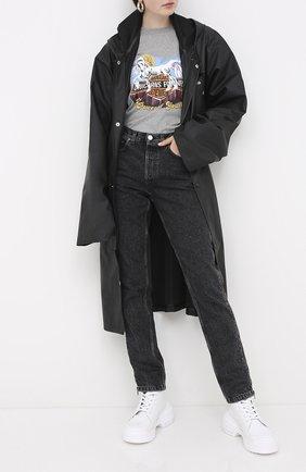 Женский плащ VETEMENTS черного цвета, арт. UAH21JA025 1300/W | Фото 2