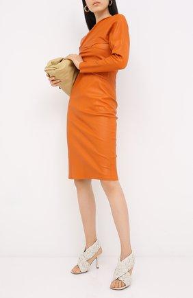 Женские кожаные босоножки bv board BOTTEGA VENETA кремвого цвета, арт. 632507/VBT10 | Фото 2