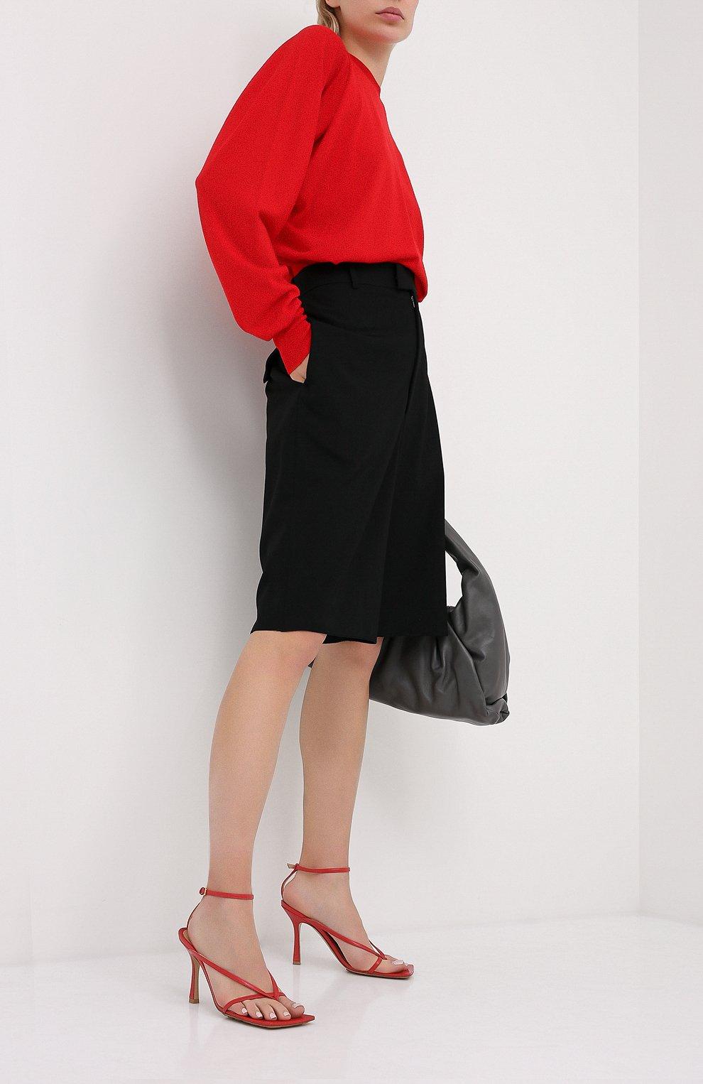Женские кожаные босоножки BOTTEGA VENETA красного цвета, арт. 608835/VBSF0 | Фото 2