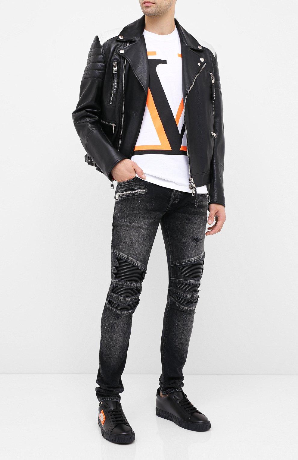 Мужская хлопковая футболка VALENTINO белого цвета, арт. UV3MG08C6K7   Фото 2 (Рукава: Короткие; Длина (для топов): Стандартные; Мужское Кросс-КТ: Футболка-одежда; Материал внешний: Хлопок; Стили: Кэжуэл)
