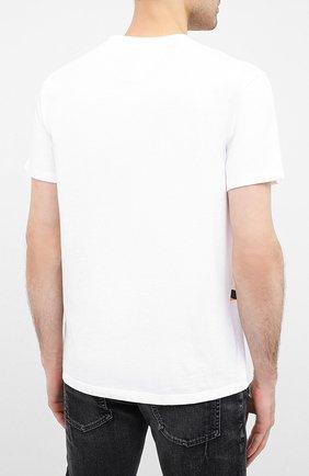 Мужская хлопковая футболка VALENTINO белого цвета, арт. UV3MG08C6K7   Фото 4 (Рукава: Короткие; Длина (для топов): Стандартные; Мужское Кросс-КТ: Футболка-одежда; Материал внешний: Хлопок; Стили: Кэжуэл)