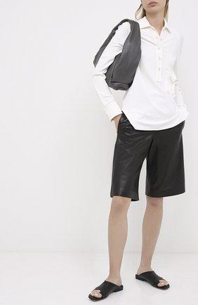 Женские кожаные шлепанцы BOTTEGA VENETA черного цвета, арт. 618754/VBS00 | Фото 2