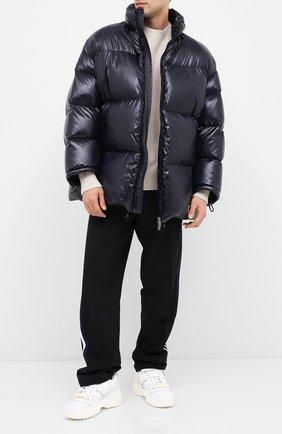 Мужская пуховая куртка VALENTINO синего цвета, арт. UV3CNB10VTD | Фото 2