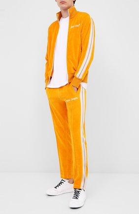 Мужской хлопковые брюки PALM ANGELS желтого цвета, арт. PMCA007E20FAB0032201 | Фото 2
