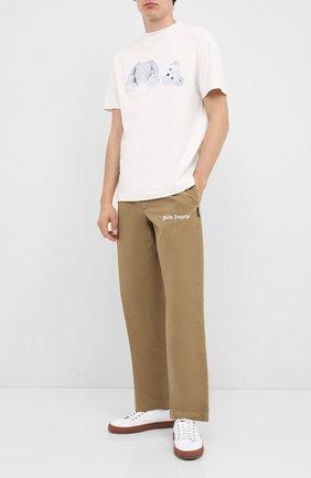 Мужской хлопковые брюки PALM ANGELS бежевого цвета, арт. PMCA081E20FAB0026161 | Фото 2