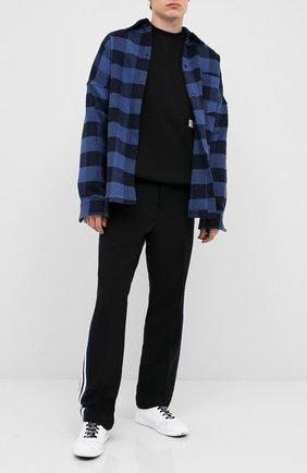 Мужская хлопковая рубашка PALM ANGELS темно-синего цвета, арт. PMGA024E20FAB0024510   Фото 2