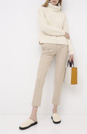 Женские хлопковые брюки LORO PIANA бежевого цвета, арт. FAL3258 | Фото 2