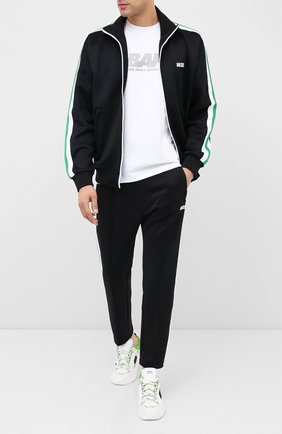 Мужской брюки DIESEL черного цвета, арт. A00078/0KUTI | Фото 2