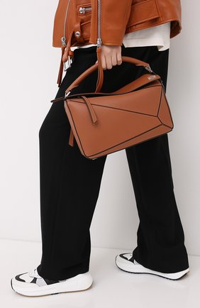 Женская сумка puzzle LOEWE светло-коричневого цвета, арт. 322.30.S20 | Фото 2