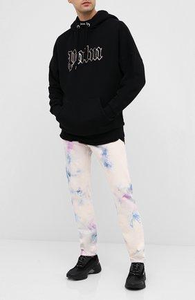 Мужские джинсы PALM ANGELS разноцветного цвета, арт. PMYA012E20DEN0050184 | Фото 2