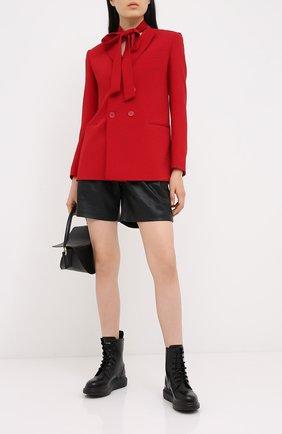 Женские кожаные шорты REDVALENTINO черного цвета, арт. UR3NH00V/5BW | Фото 2