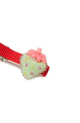 Детская комплект из двух заколок shiny strawberry JUNEFEE разноцветного цвета, арт. 6235 | Фото 3