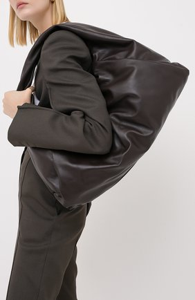 Женская сумка shoulder pouch medium BOTTEGA VENETA темно-коричневого цвета, арт. 607984/VCP40 | Фото 2