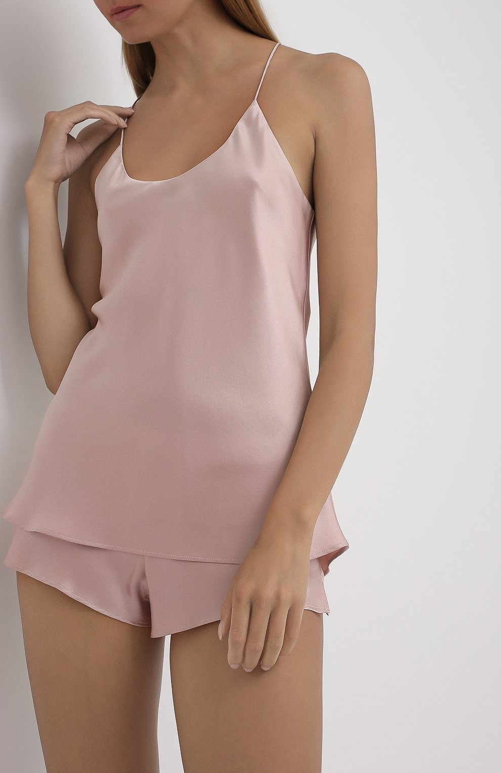 Женская шелковая пижама OLIVIA VON HALLE светло-розового цвета, арт. CT0022 | Фото 2 (Материал внешний: Шелк; Длина Ж (юбки, платья, шорты): Мини; Длина (для топов): Стандартные)
