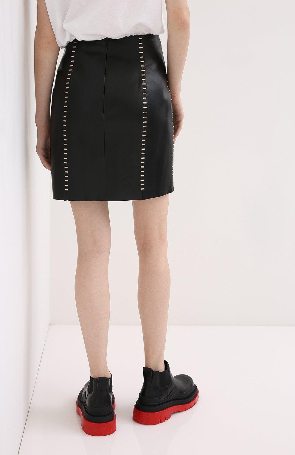 Женская кожаная юбка ALEXANDER MCQUEEN черного цвета, арт. 633543/Q5AD9 | Фото 4