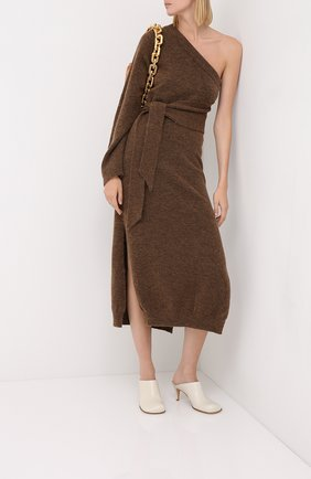 Женское платье-миди NANUSHKA коричневого цвета, арт. CEDR0_BR0WN_FLUFFY KNIT   Фото 2