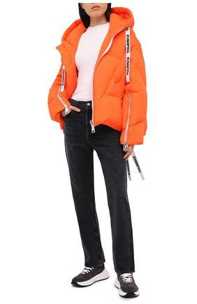 Женский пуховик с капюшоном KHRISJOY оранжевого цвета, арт. AFPW001/NY | Фото 2