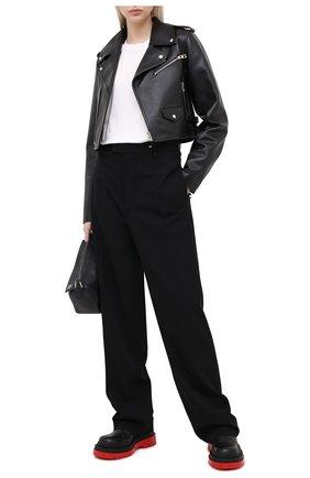 Женская кожаная куртка LOEWE черного цвета, арт. S359330XB4 | Фото 2