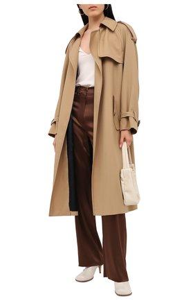 Женские брюки NANUSHKA коричневого цвета, арт. DREW_BR0WN_SLIP SATIN | Фото 2