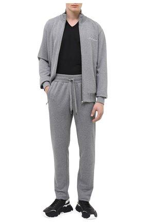 Мужской хлопковые брюки DOLCE & GABBANA светло-серого цвета, арт. GYH8AZ/G7TWG | Фото 2