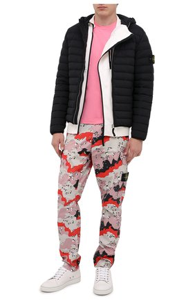 Мужская хлопковая футболка STONE ISLAND розового цвета, арт. 731524113 | Фото 2