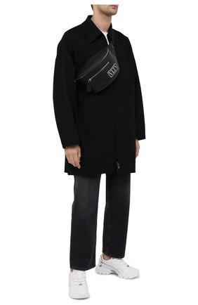Мужская кожаная поясная сумка valentino garavani vltn tag VALENTINO черного цвета, арт. UY2B0988/RES | Фото 2