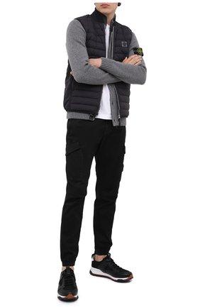 Мужской пуховый жилет STONE ISLAND темно-серого цвета, арт. 7315G0225 | Фото 2
