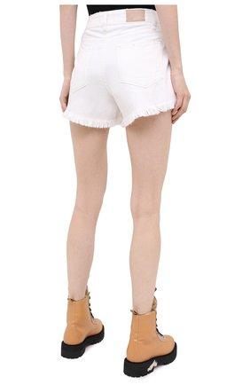 Женские джинсовые шорты PAIGE белого цвета, арт. 6462G35-2692 | Фото 4 (Женское Кросс-КТ: Шорты-одежда; Кросс-КТ: Деним; Длина Ж (юбки, платья, шорты): Мини; Материал внешний: Хлопок; Стили: Кэжуэл)