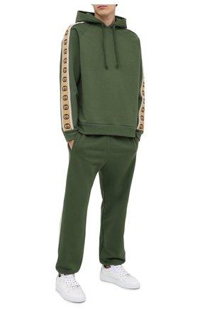 Мужской хлопковые джоггеры GUCCI зеленого цвета, арт. 630713/XJBUW | Фото 2