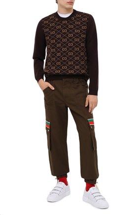 Мужской шерстяной джемпер GUCCI коричневого цвета, арт. 626288/XKBFB | Фото 2