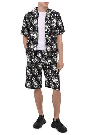 Мужская шелковая рубашка GUCCI черно-белого цвета, арт. 624524/ZAENN | Фото 2
