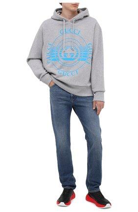 Мужские джинсы GUCCI синего цвета, арт. 623953/XDBBQ | Фото 2