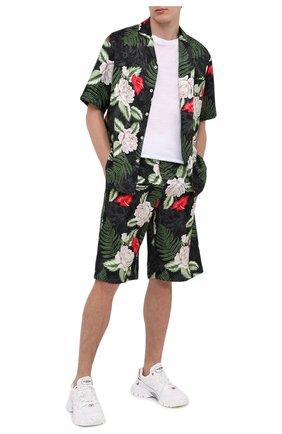 Мужские шорты из вискозы и шелка GUCCI разноцветного цвета, арт. 619073/ZAEMQ | Фото 2