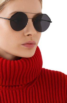 Женские солнцезащитные очки FENDI черного цвета, арт. M0042 807   Фото 2
