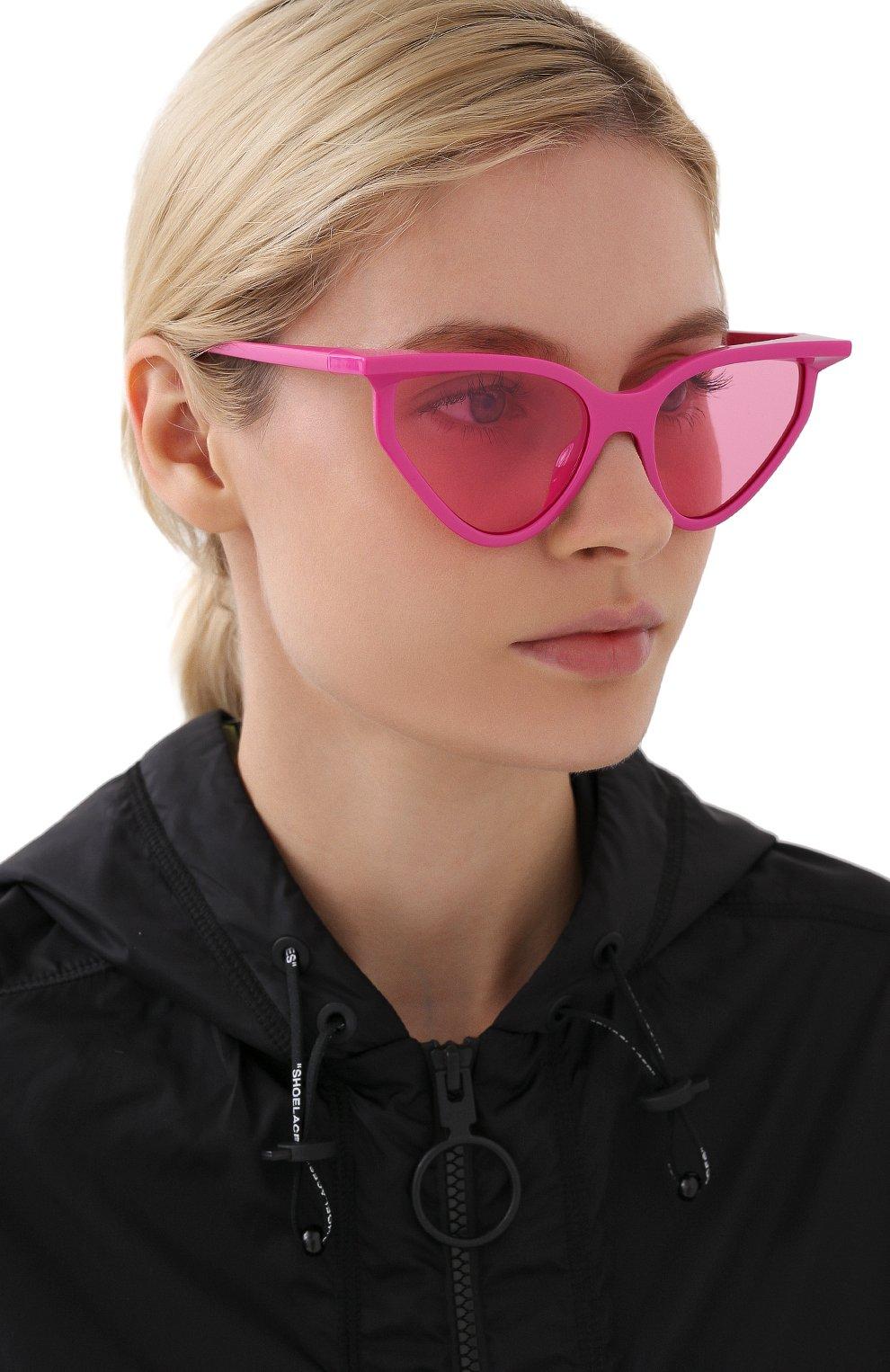 Женские солнцезащитные очки BALENCIAGA розового цвета, арт. BB0101S 003 | Фото 2