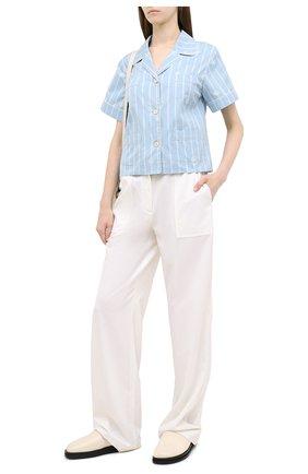 Женская хлопковая рубашка GUCCI голубого цвета, арт. 625908/ZAEF1 | Фото 2