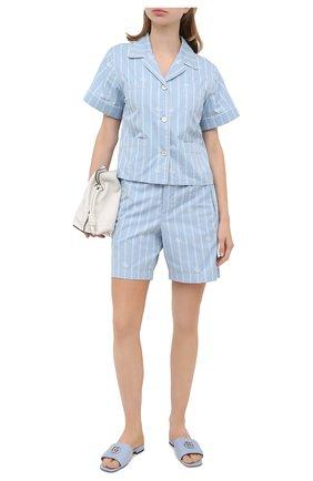 Женские хлопковые шорты GUCCI голубого цвета, арт. 619507/ZAEF1 | Фото 2