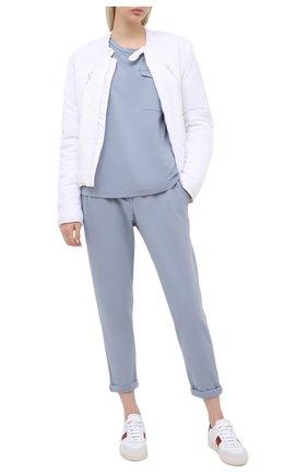 Женские хлопковые брюки BRUNELLO CUCINELLI голубого цвета, арт. MH827SA399 | Фото 2