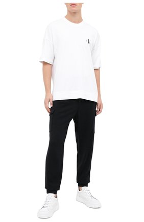 Мужские хлопковая футболка CALVIN KLEIN белого цвета, арт. NM1793E | Фото 2