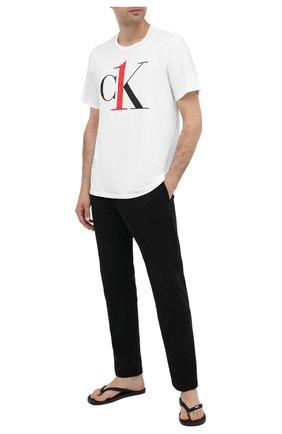 Мужские хлопковая футболка CALVIN KLEIN белого цвета, арт. NM1903E | Фото 2