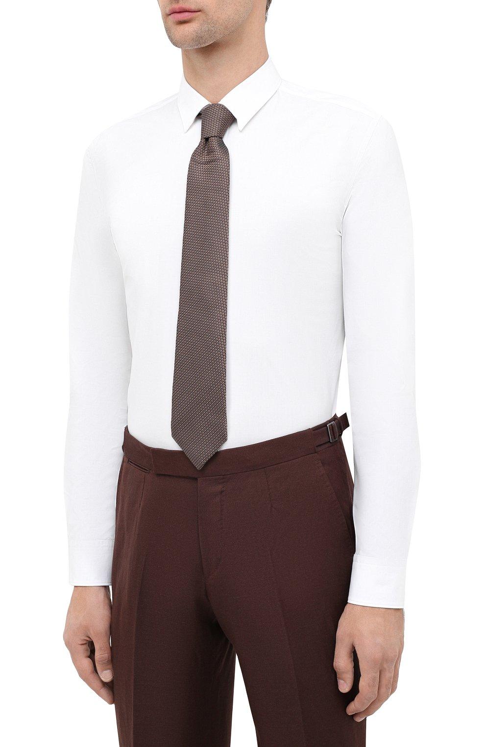 Мужская хлопковая сорочка HUGO белого цвета, арт. 50425897 | Фото 4 (Воротник: Кент; Рукава: Длинные; Длина (для топов): Стандартные; Материал внешний: Хлопок; Стили: Классический; Случай: Формальный)