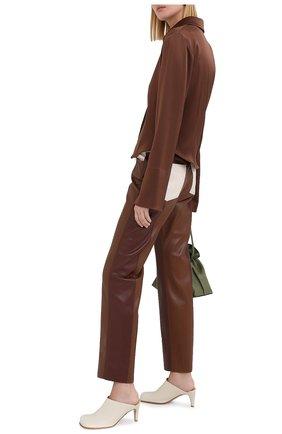 Женские брюки NANUSHKA коричневого цвета, арт. VINNI_BR0WN PATCH_VEGAN LEATHER | Фото 2